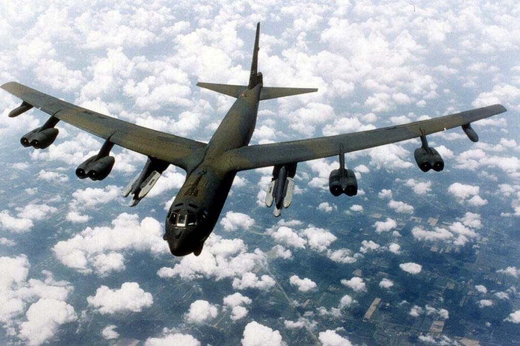 B-52 Дальний бомбардировщик, foto, фотографии самолёта, тактико ...